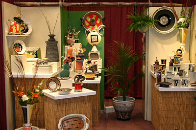 booth1-hage-stoneware